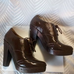 Michael Kors Lace Up Patent Leather Oxfords